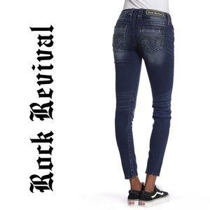 7404 Rock Revival Skinny Jeans